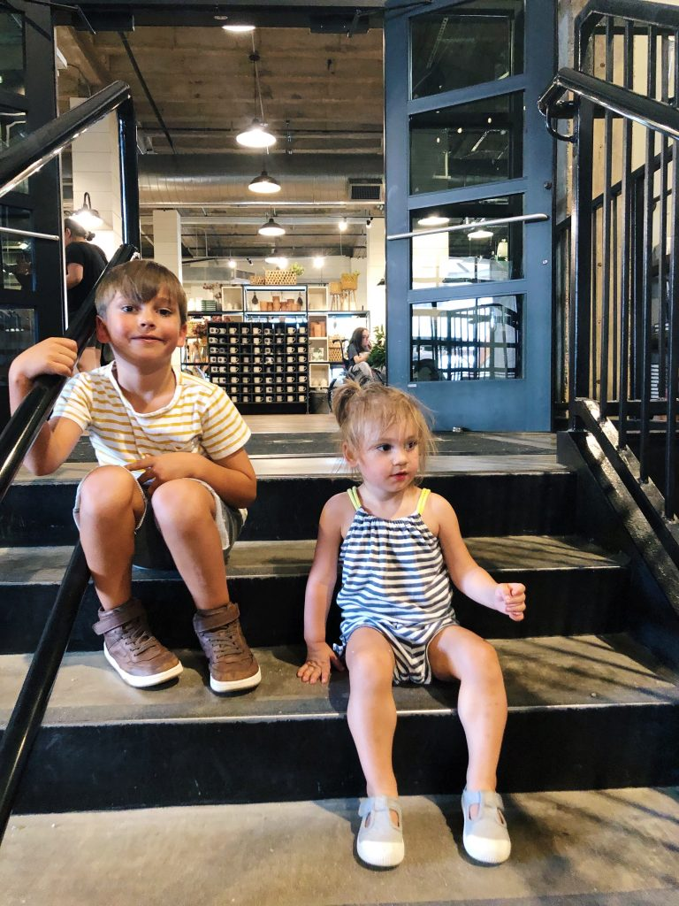 Guide to Visiting Magnolia Market at the Silos